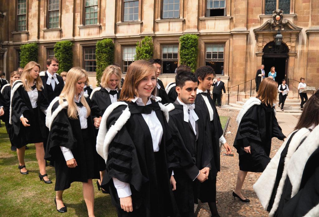 Как поступить в Оксфорд или Кембридж? С чего начать?