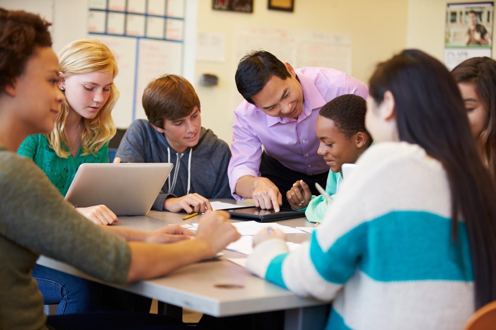 Среднее образование в Англии или США, что выбрать?