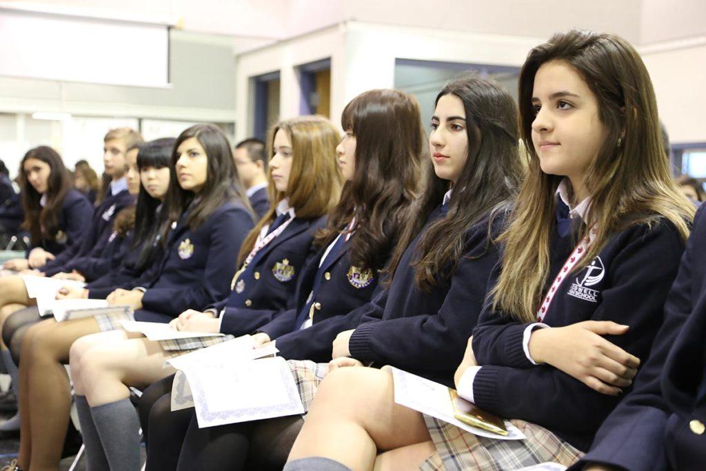 Отзывы учеников и родителей из России и стран СНГ о школе Bodwell High School